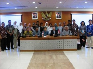 mhs-IMPOME-Unsri_unesa beserta Mark Ballen, Neso Indonesia